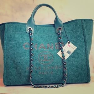 Chanel Deauville tote- Large- Emerald
